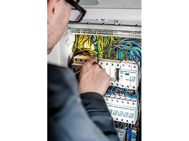Emergency Electrician in Sutherland Shire - 1/2