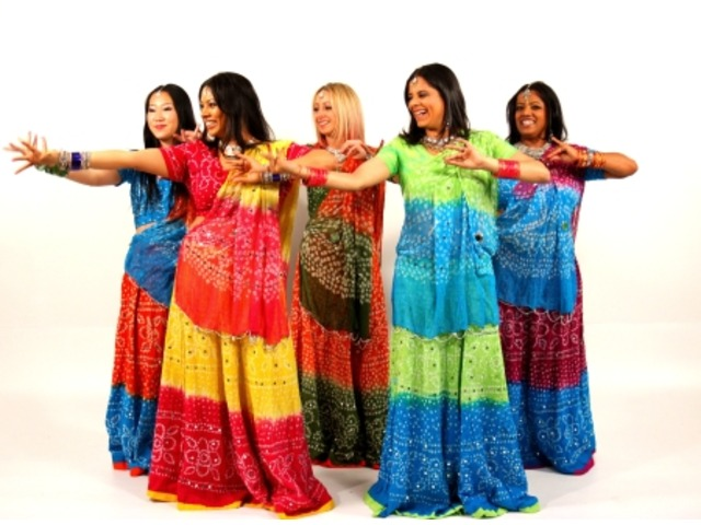 Indian Bollywood Dancers for Weddings in Melbourne - 1/4