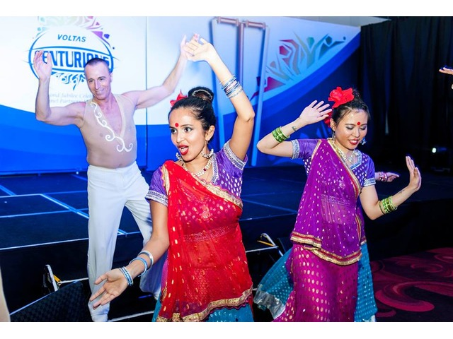 Indian Bollywood Dancers for Weddings in Melbourne - 3/4
